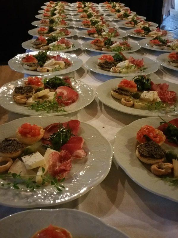 Frägsta Hälsingegård bröllop - Maten
