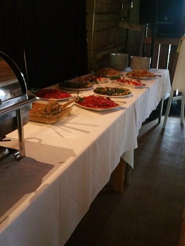 Frägsta Hälsingegård bröllop - Huvudrättsbuffet
