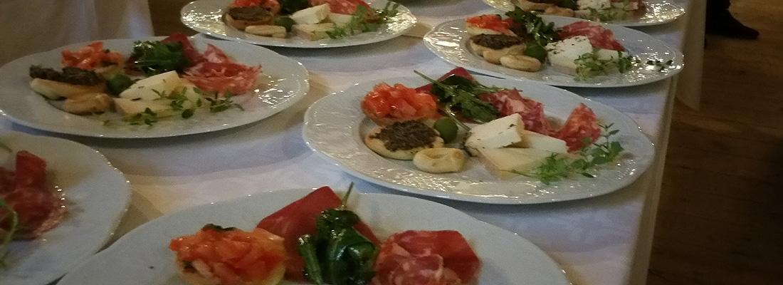 Frägsta Hälsingegår bröllp - Maten